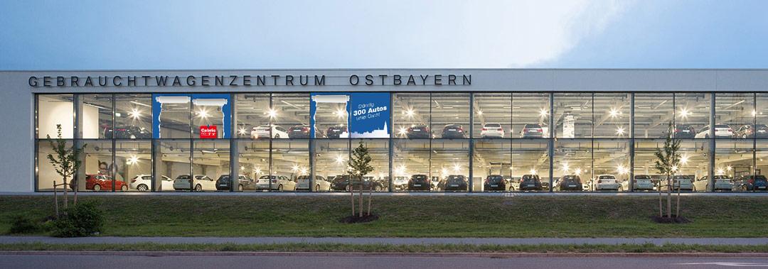 BMW Hoffmann Gebrauchtwagenzentrum Ostbayern platzierung von Renoarde POS Design